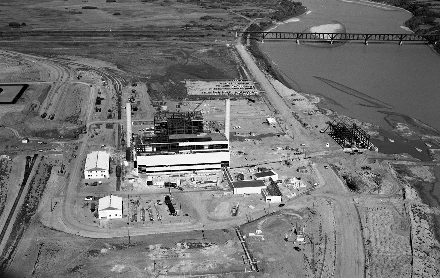 Aerial image of a power plant.